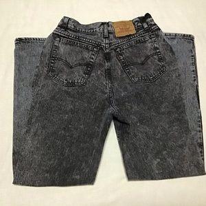 Vintage 80s high waisted mom acid washed jeans